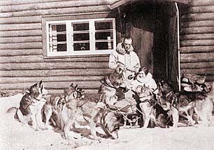 Myrle and Harry Wheeler with Seppala Siberian Huskies from Seppala Kennels in the 1940s.